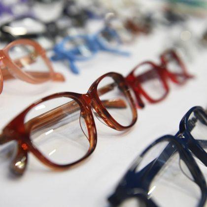 Eyeglasses for school students help improve academic achievement